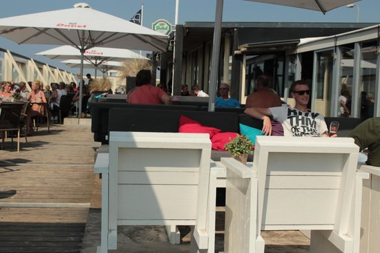 Paal 6: Lounge terras