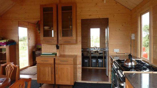 High Nature Centre : Kitchen Cabin