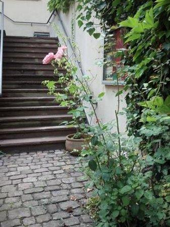 Baldreit: Treppe im Innenhof