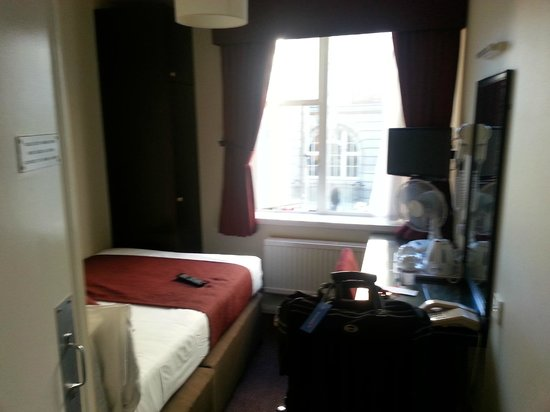 Mabledon Court Hotel: Quarto single