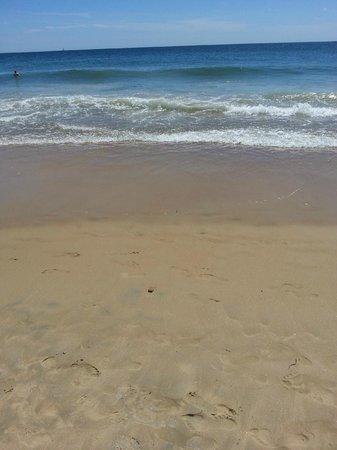 Misquamicut State Beach: Clean beach