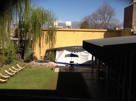 Maue apart hotel : vista desde el balcon, 1 piso