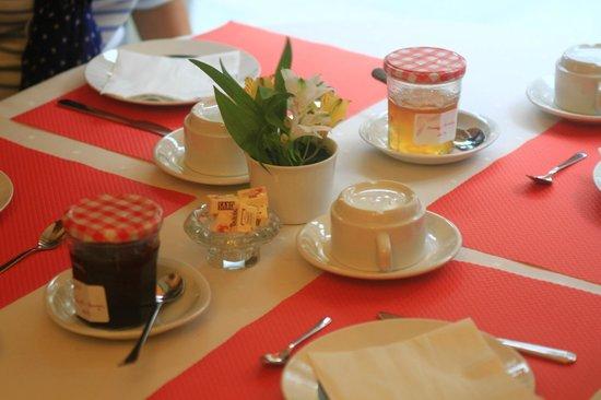 Balzac Hotel : Desayuno