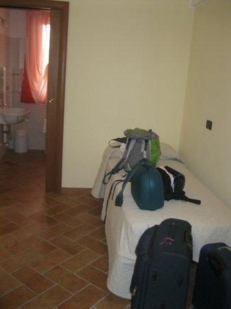 Locanda del Parco Hotel : parte della camera con letto 3° letto
