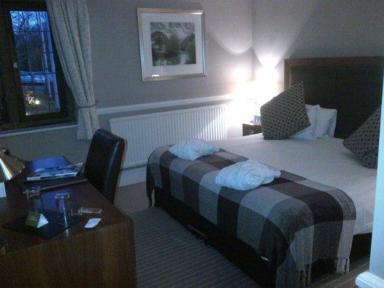 Hatton Court Hotel: Bedroom