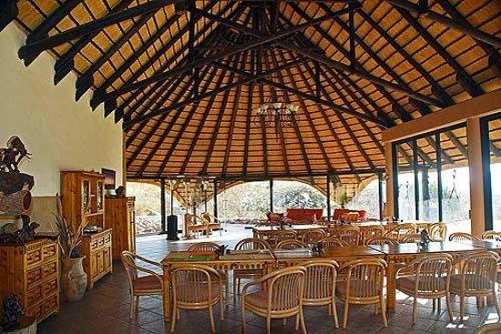 Ai-Aiba The Rock Painting Lodge: Restaurant