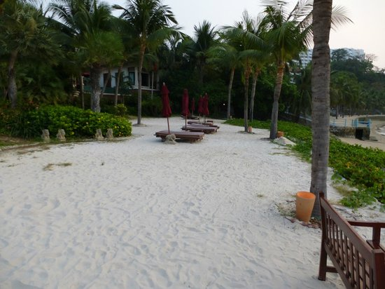 InterContinental Pattaya Resort: The resorts own private beach