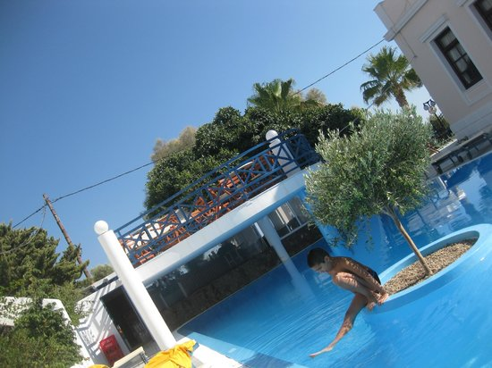 Veggera Hotel: Lovely Olive tree pool
