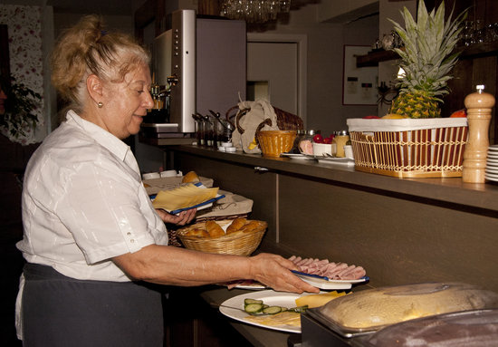Hotel - La Grande Cure: Breakfast