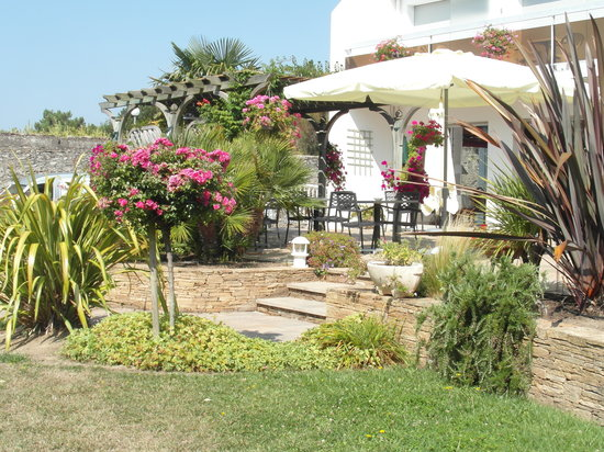 Hotel Restaurant des Sablons : Jardin