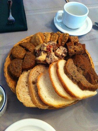 Le Roupillon : Petit-déjeuner maison
