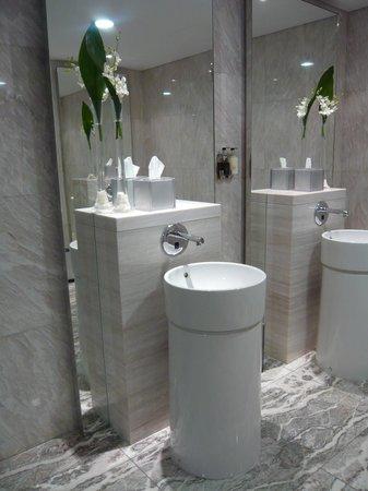 Rosewater: Ladies Toilets Beautiful