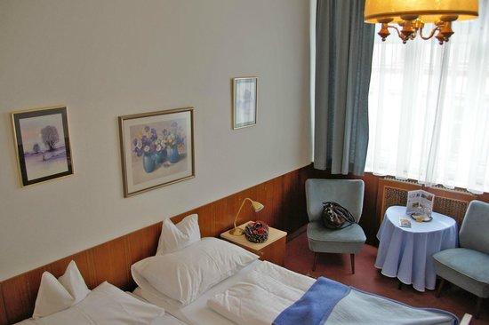 Pension Neuer Markt: Zimmer 41;