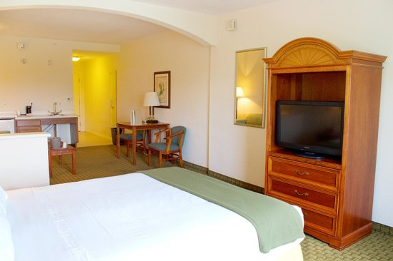 Crown Club Inn Orlando By Exploria Resorts: Accessible Room