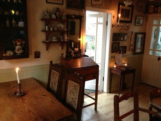 Ambledown Tea Rooms: All antiques are for sale...