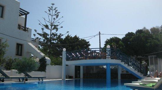 Veggera Hotel: Pool terrace