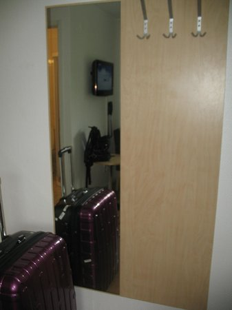 Sturup Airport Hotel: Room