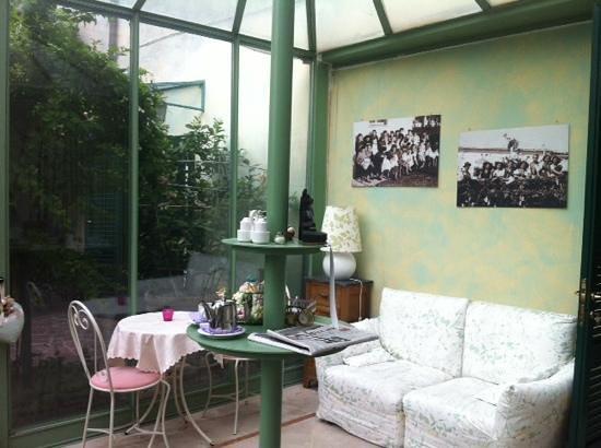 Villa Theresa Bed & Breakfast: veranda