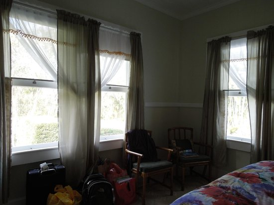 The Old Hawaiian B&B: Sunrise room