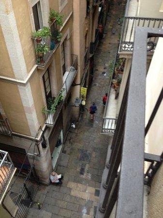 Hotel California : la via sottostante carrer Rauric