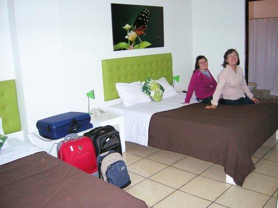 Cocoon Hotel: Habitación triple