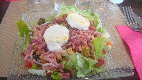Les Herbes Folles : salade chevre chaud