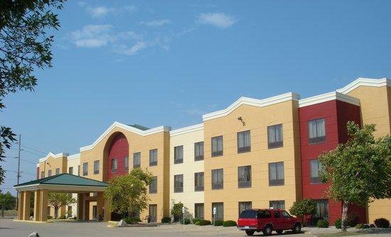 Photo of Comfort Suites Springfield