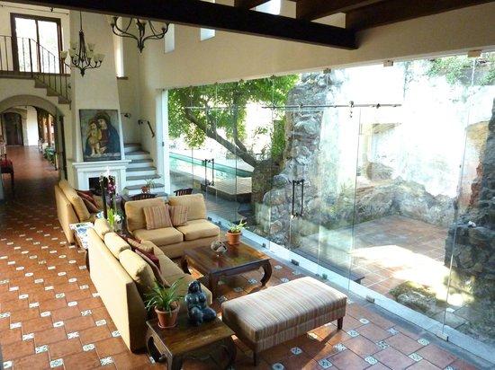 Hotel Cirilo : Sitting Area