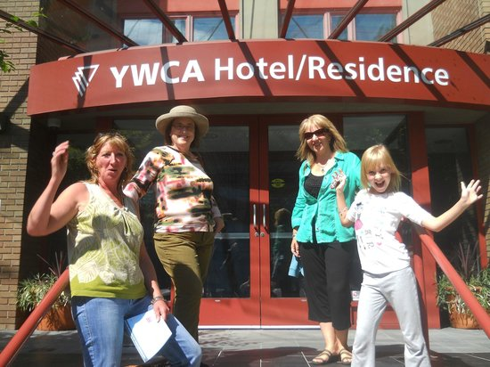 YWCA Hotel Vancouver: A beautiful day in Vancouver!