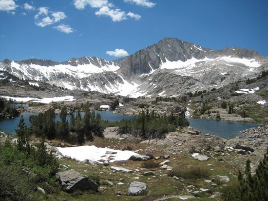 Yosemite Guide Service: Twenty Lakes Basin