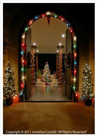 Mahogany Hall Boutique Resort: Entrance