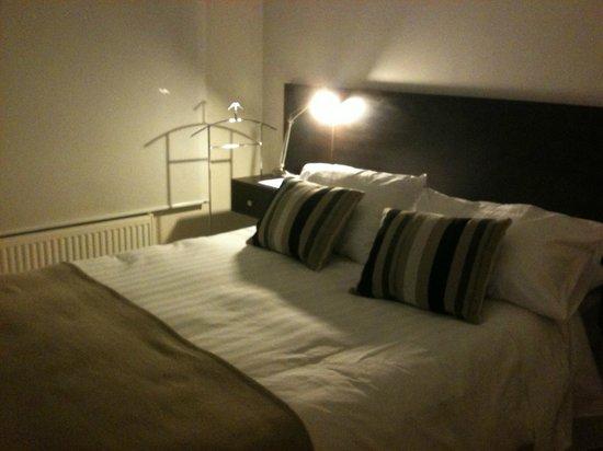 Heidelberg Haus Apart Hotel: O quarto