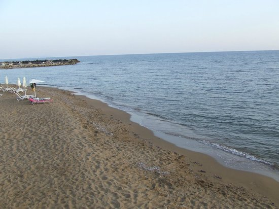 Dora Apartments Argirades: The beach at Issos