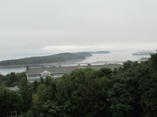 Atlantic Eyrie Lodge : View from 4th floor