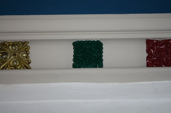 St. Margaret's Chapel & Magdalene Almshouses: Chapel decorations