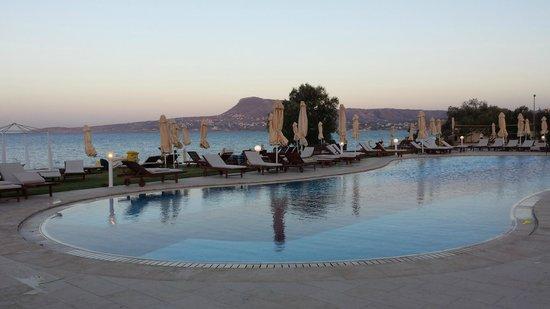 Kiani Beach Resort Family All Inclusive : piscine