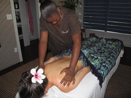 Ixora Spa: Massage