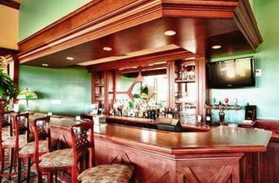 Rodd Crowbush Golf & Beach Resort: Bar
