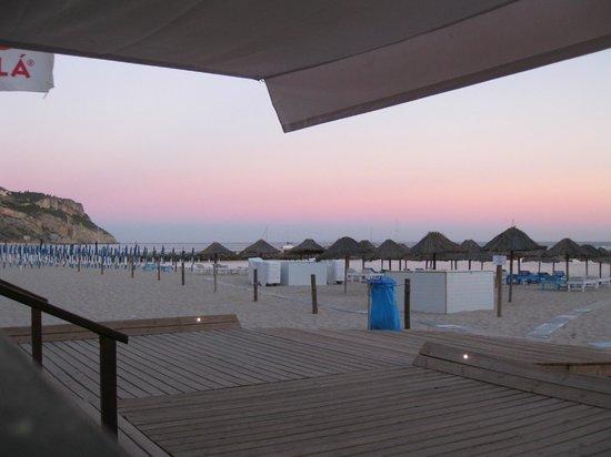Hotel do Mar: Direkt am Strand an einem Strandrestaurant