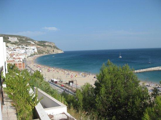 Hotel do Mar: Zimmerblick zur linken Strandseite