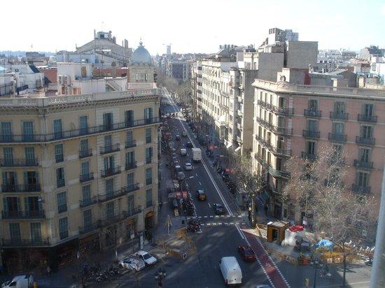 NH Collection Barcelona Gran Hotel Calderon: Vista do quarto do hotel