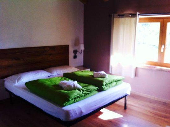 B&B Mortirolo: CAMERA DA LETTO