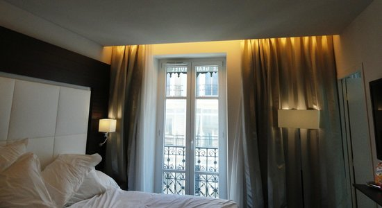 Grand Hotel Grenoble Centre : Room with a view.
