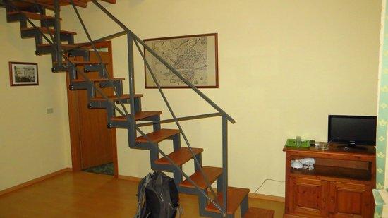 Ortigia Residence: stair to upper floor