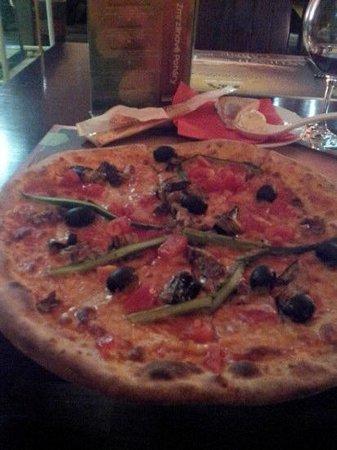 Ristorante Piazza : самая вкусная пицуа