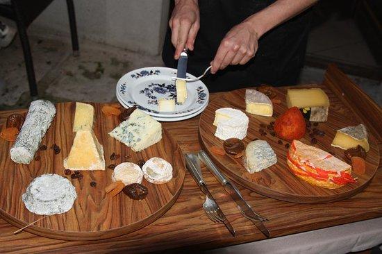 Le Petit Bateau: il favoloso vassoio di formaggi