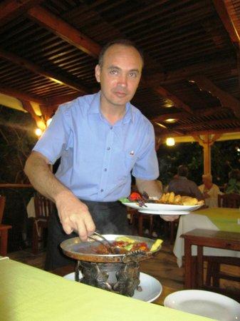 Asur Hotel & Aparts & Villas : Dinner