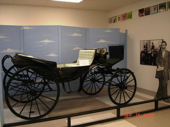 Judy Garland Museum: Carriage from the Wizard of Oz