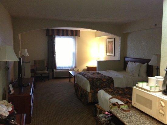 BEST WESTERN Suites Near Opryland : Room