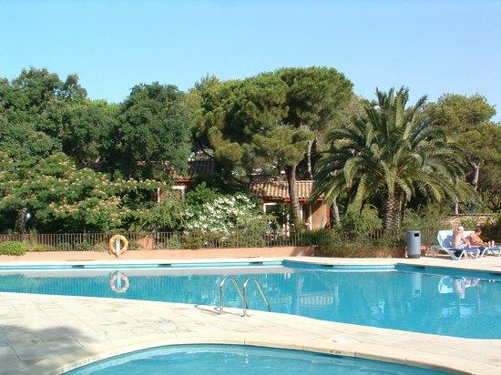Yelloh! Village Sant Pol: La piscine